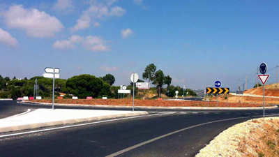 ALM-roundabout-dangerous-roads-in-Portugal