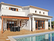 Villa Amendoeira on Plot 163 of 627 m²