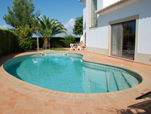 Villa Oliveira on Plot 141 of 725 m²