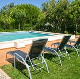 Villa Pinheiro 108 - pool and chairs